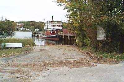 Isham Street Boat Launch, Stonington