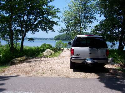 Parking for Latimer Point Saltmarsh Overlook